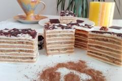 bela rozen torta1